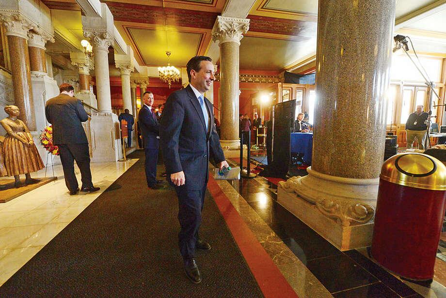 Hour photo / Erik Trautmann New Senate Majority Leader Bob Duff (D-25) during for the joint legislative session and gubenatorial budget address wednesday in Hartford