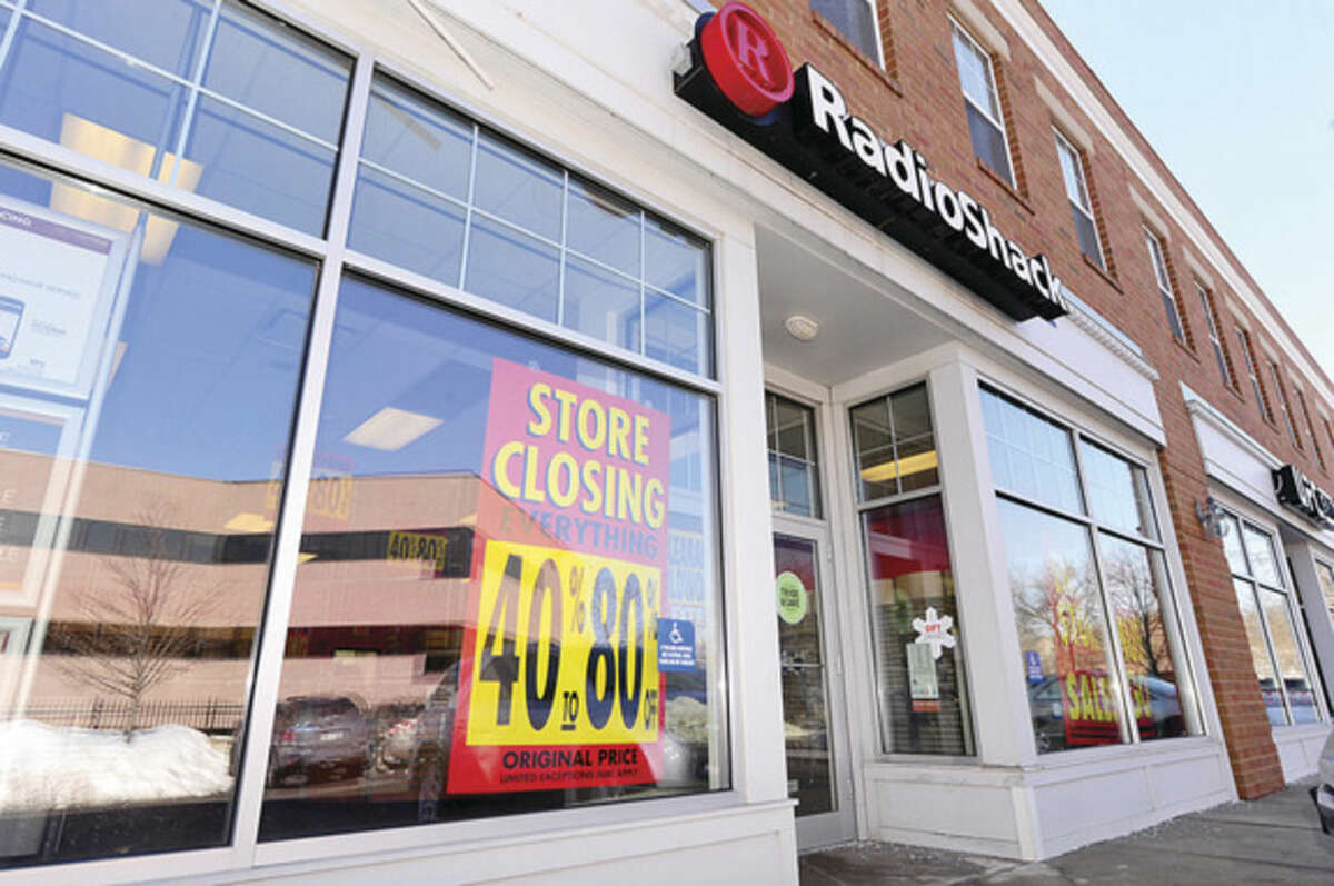 Hour photo / Erik Trautmann The RadioShack store on Cross St in Norwalk is closing. RadioShack filed for bankruptcy on February 2nd of this year. 1,784 RadioShack stores will close by March 31.