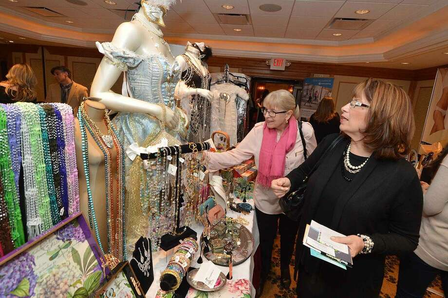 Hour Photo/Alex von Kleydorff The Hour presents Beauty and the Bubbly at The Norwalk Inn