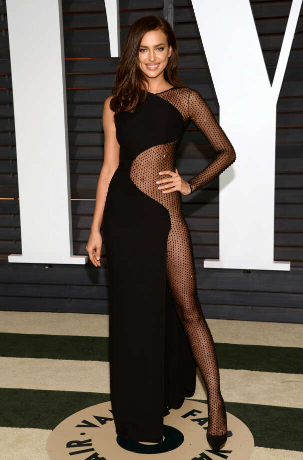 Irina Shayk arrives at the 2015 Vanity Fair Oscar Party on Sunday, Feb. 22, 2015, in Beverly Hills, Calif. (Photo by Evan Agostini/Invision/AP)