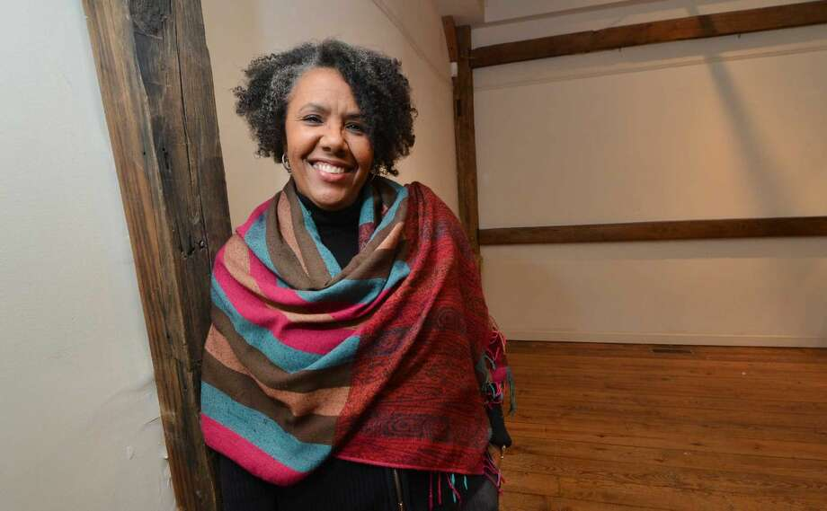 "Kimberly Wilson will bring her one-woman performance of ""A Journey ... A Play/A Story/ A Song"" to the Wilton Historical Society on Friday, Feb. 27."