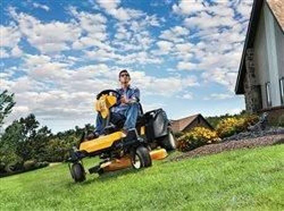 3 ways today's lawn equipment is more like your car