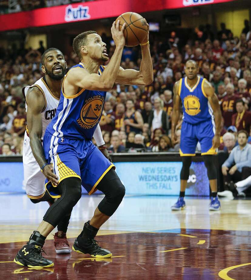After a subpar Game 3, Stephen Curry was back in vintage form in Game 4, and he led all scorers with 38 points. Photo: Michael Macor, The Chronicle