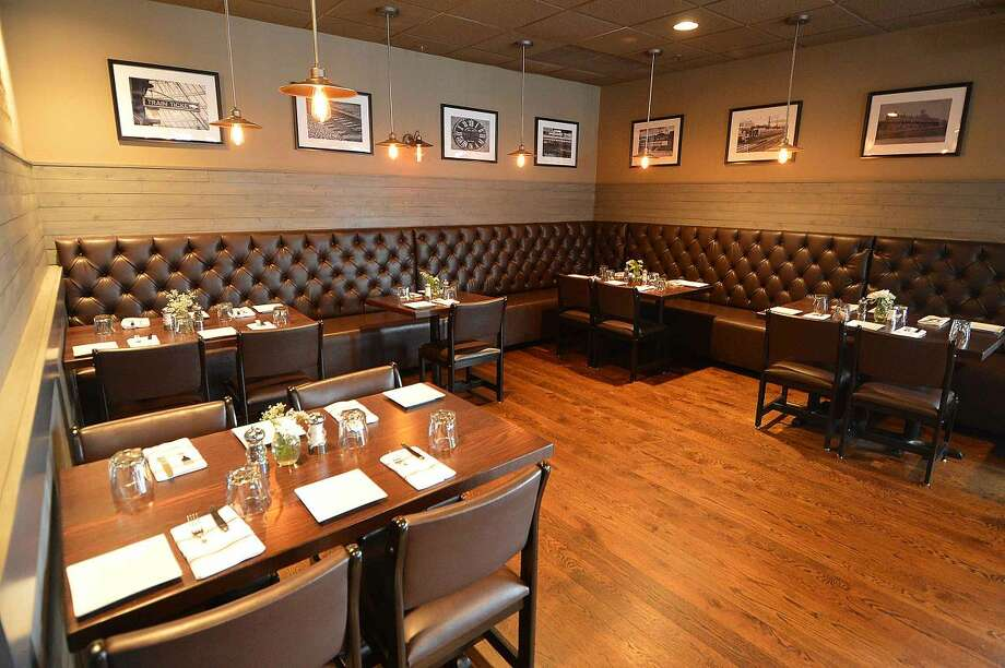 Hour Photo/Alex von Kleydorff Part of the dinning room at The Station House Bar and Grille at 232 East Ave Norwalk
