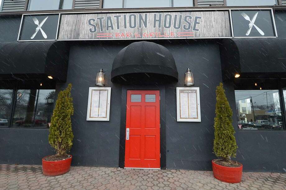 Hour Photo/Alex von Kleydorff The Station House Bar and Grille at 232 East Ave Norwalk