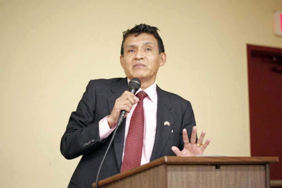 "President Gustavo Salas speaks at a Latino community forum, ""Latinos Unidos de Connecticut,"" urging the community to ""stand united for a cause,"" at the South Norwalk Community Center Sunday afternoon.Hour Photo / Danielle Calloway"