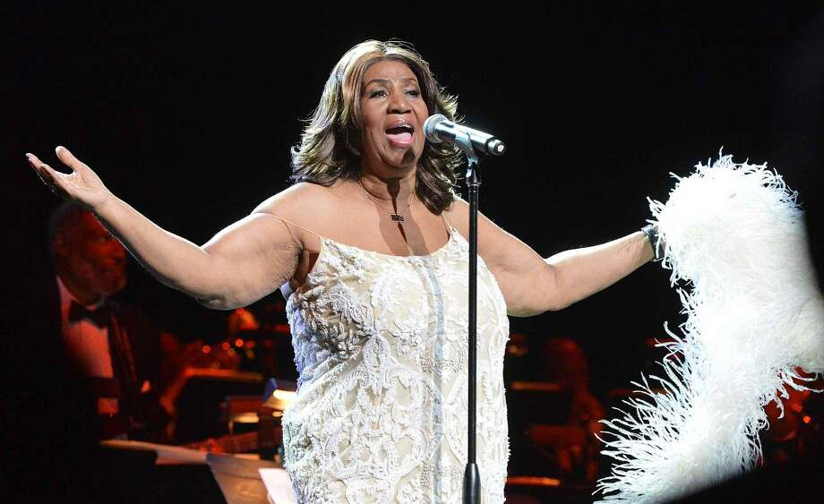 Hour Photo/Alex von KleydorffAretha Franklin sings (Your love keeps lifting me) Higher and Higher, as she performs at The Webster Bank Arena in Bridgepoirt Conn. on Friday night.