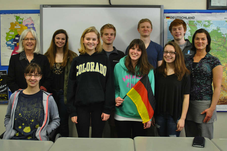 Members include, from left to right, front row: Alida Schefers, Lindsay Clark, Kelly Rafferty, Sarah Magnano, and Kerstin Reuther-Roché; and back row: Jo-Ann Cordes, Skyler Addison, Ben Allbee, Tyler Innes, and Daniel Walter.