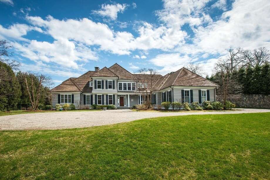 10 Woodland Rd, Norwalk, CT 068545 beds 6 baths 6,088 sqftFeatures: Master suite with a spa bath, tennis courts, beach, dock and club house.(Credit: Zillow)