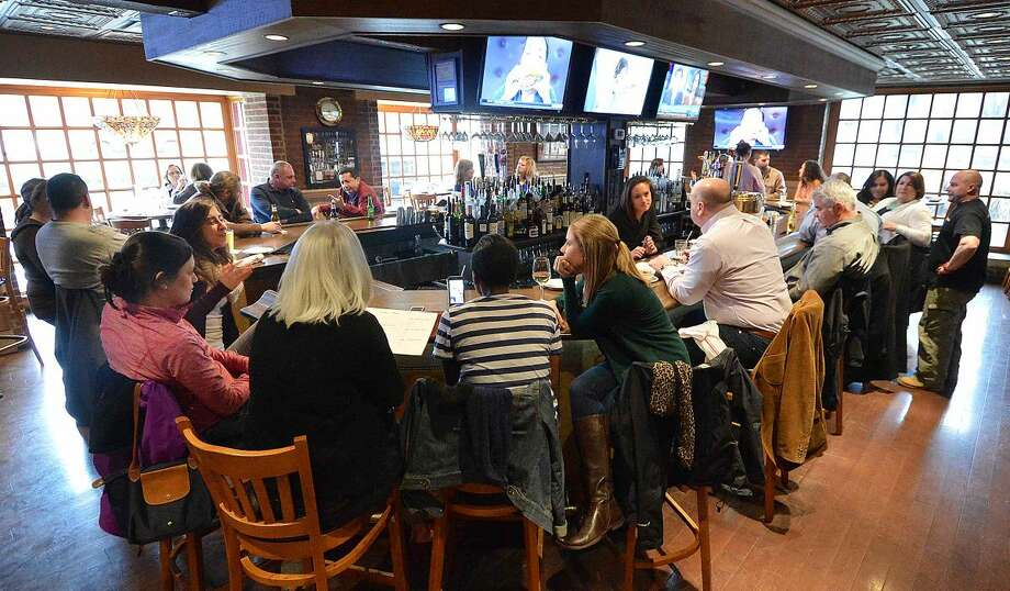 Hour Photo/Alex von Kleydorff Bogey's Grille and Tap Room new location at Wilton Ave and Cross St. in Norwalk