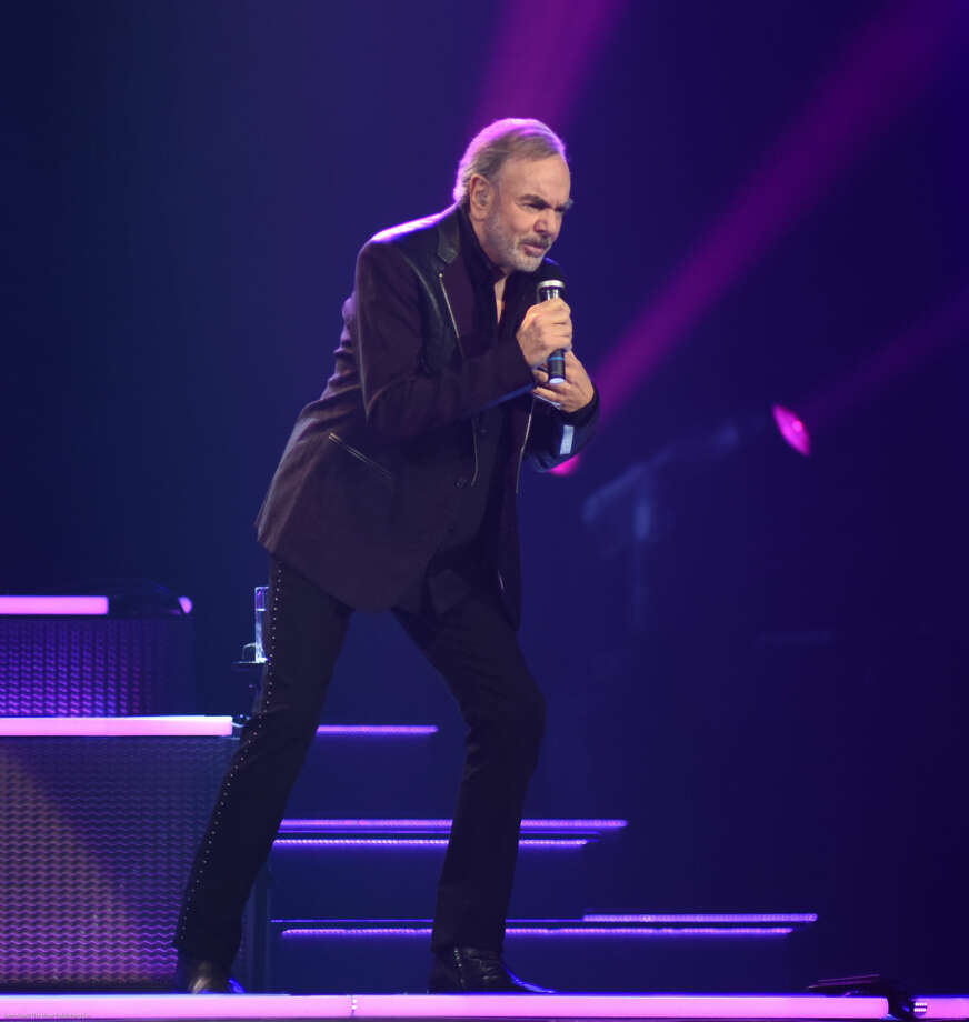 Hour photo/John Nash - Singing legend Neil Diamond performed at the Mohegan Sun Arena on Saturday, March 28, 2015.
