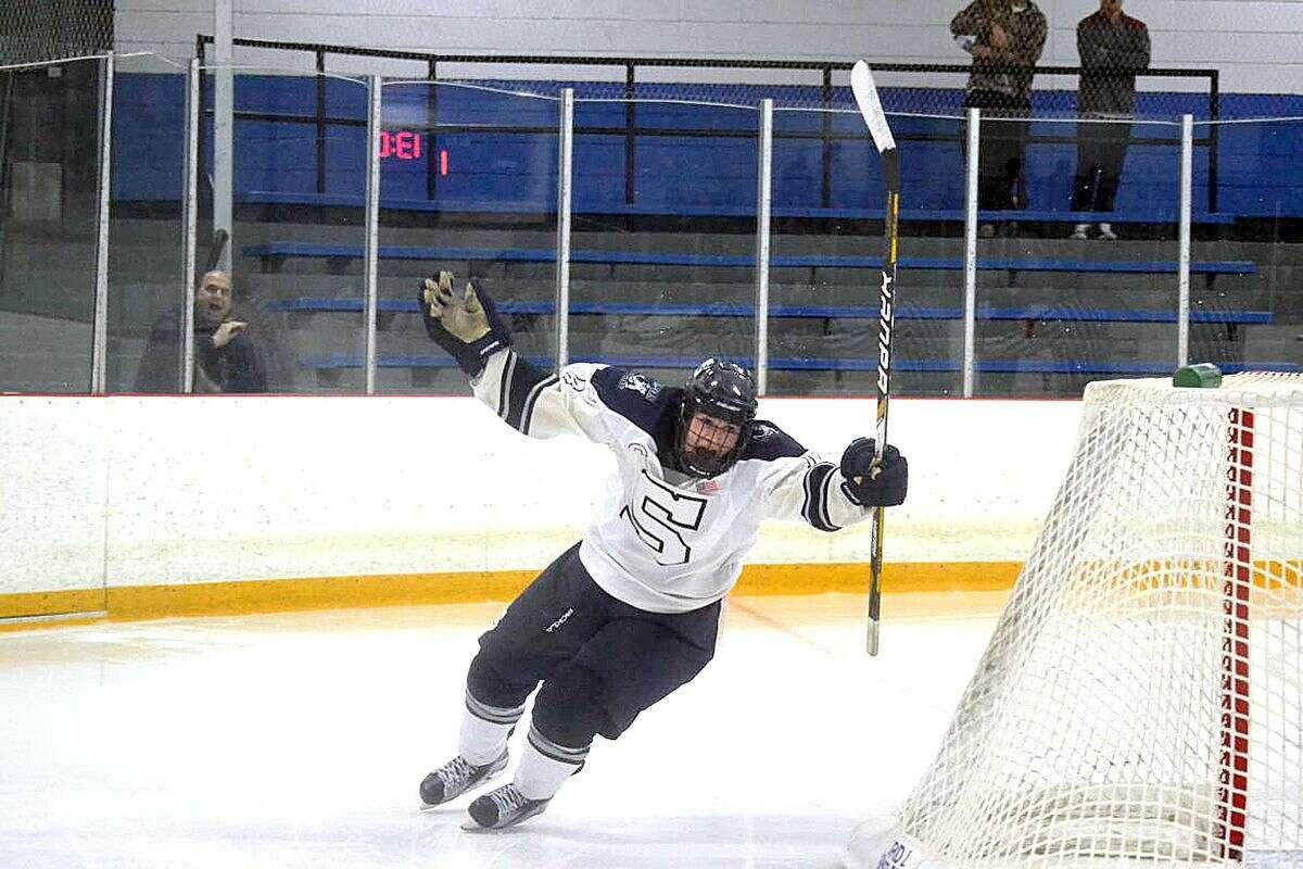 Staples Hockey