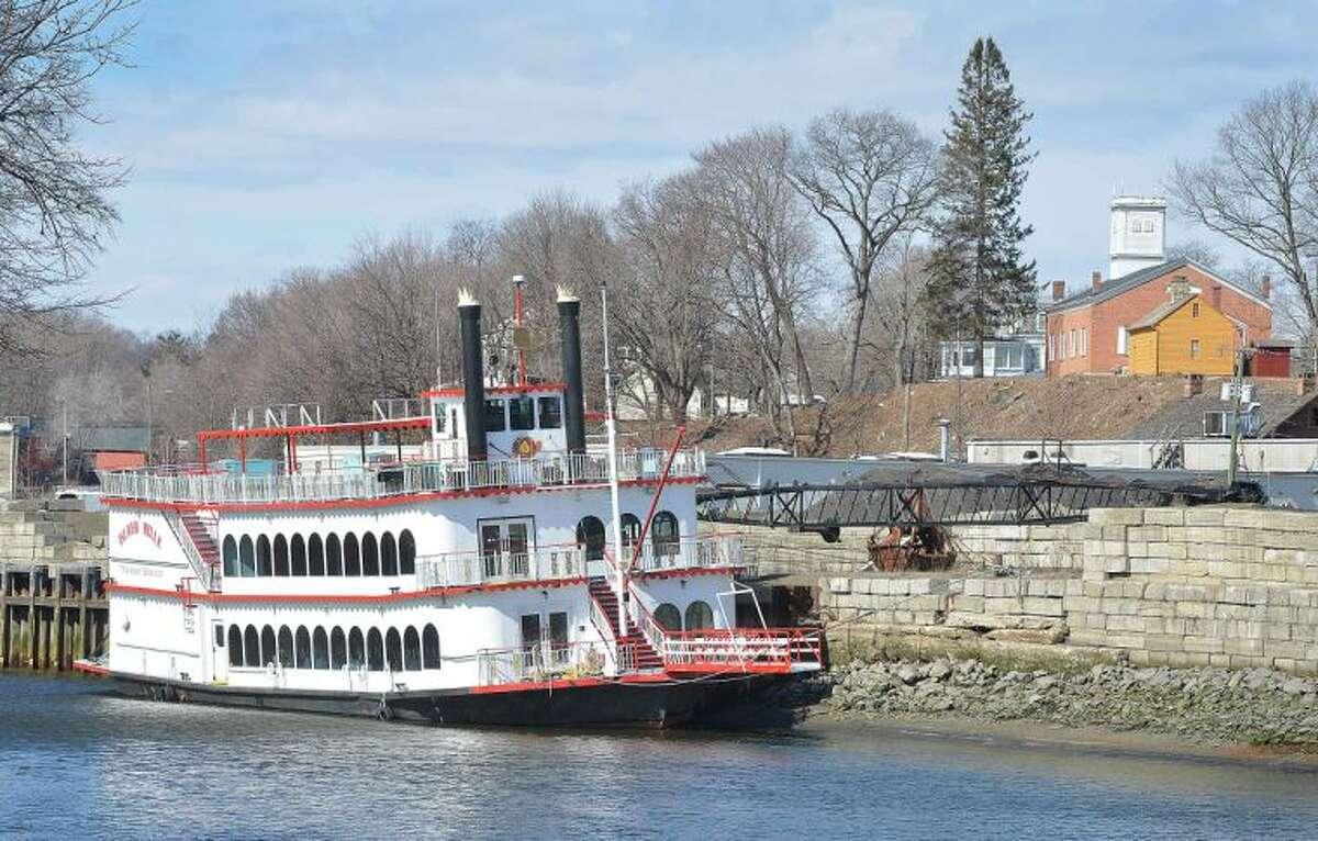 Hour Photo/Alex von Kleydorff The Island Belle, tied up along the Norwalk River