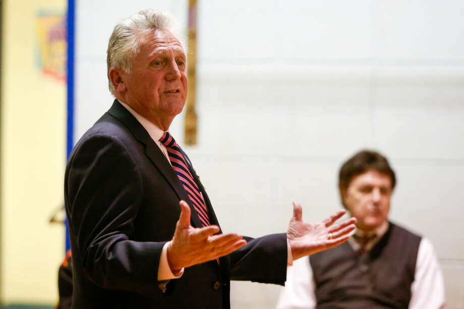 Hour photo/Chris Palermo Norwalk MAyor Harry Rilling speaks during the Mayor's Night Out at Jefferson School Tuesday evening.