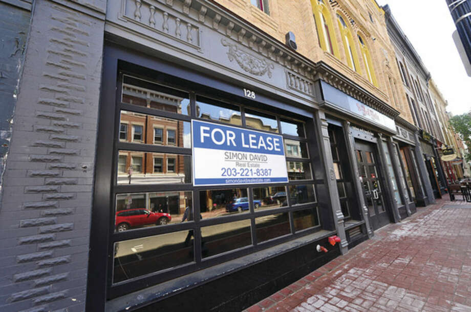 Hour photo / Erik Trautmann Restaurant space for lease on Washing St in South Norwalk.