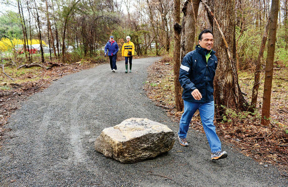 Hour photo / Erik Trautmann Guests arrive for The Norwalk River Valley Trail's Wilton loop grand opening Saturday.