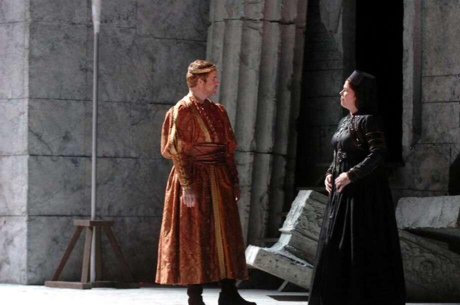 Jason Collins and Caroline Worra, as Elettra in a dress rehearsal of Mozart's Idomeneo Re Di Creta, at the Boston Lyric Opera, on April 17, 2010. Photo: Helen Neafsey / Greenwich Time