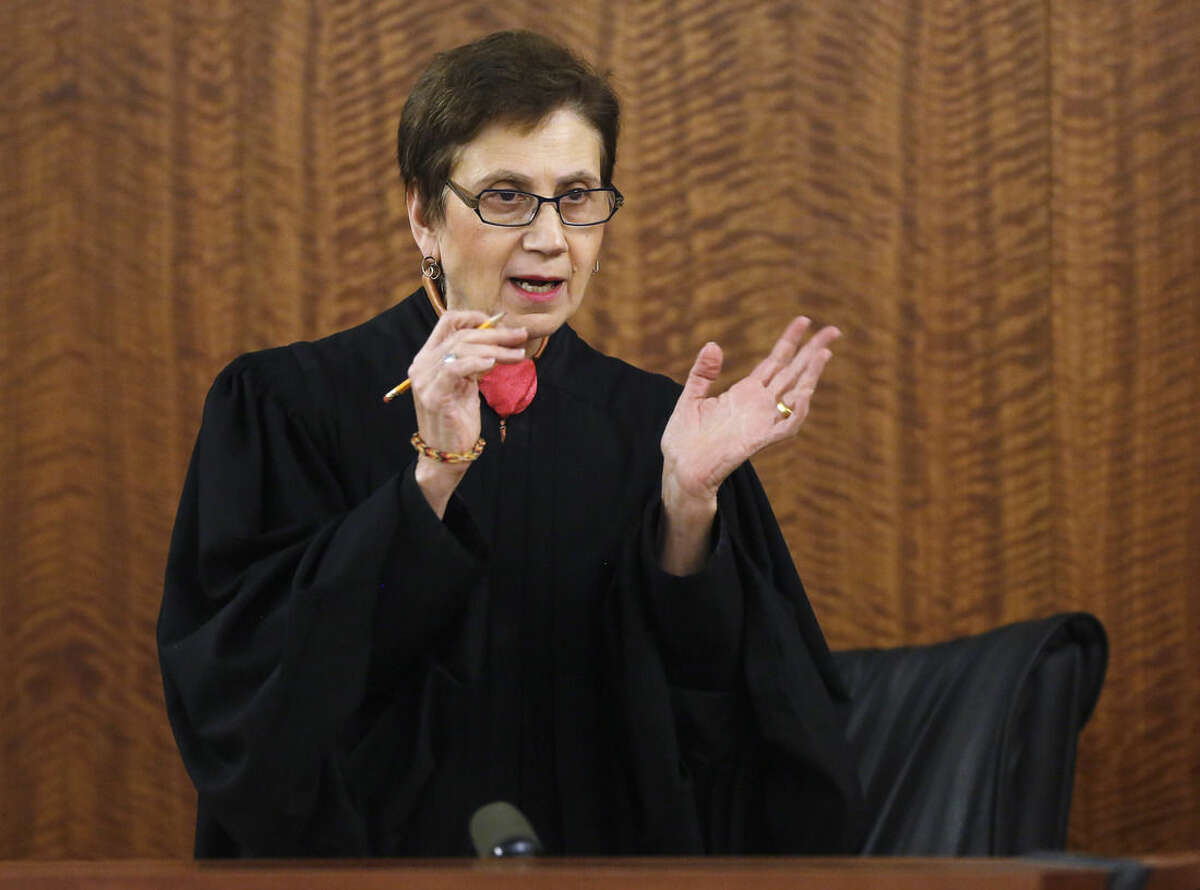 Superior Court Judge E. Susan Garsh instructs the jury before deliberations in the murder trial for former New England Patriots NFL football player Aaron Hernandez, TThursday, April 9, 2015, in Fall River, Mass. Hernandez is charged with killing Odin Lloyd. (AP Photo/Steven Senne, Pool)