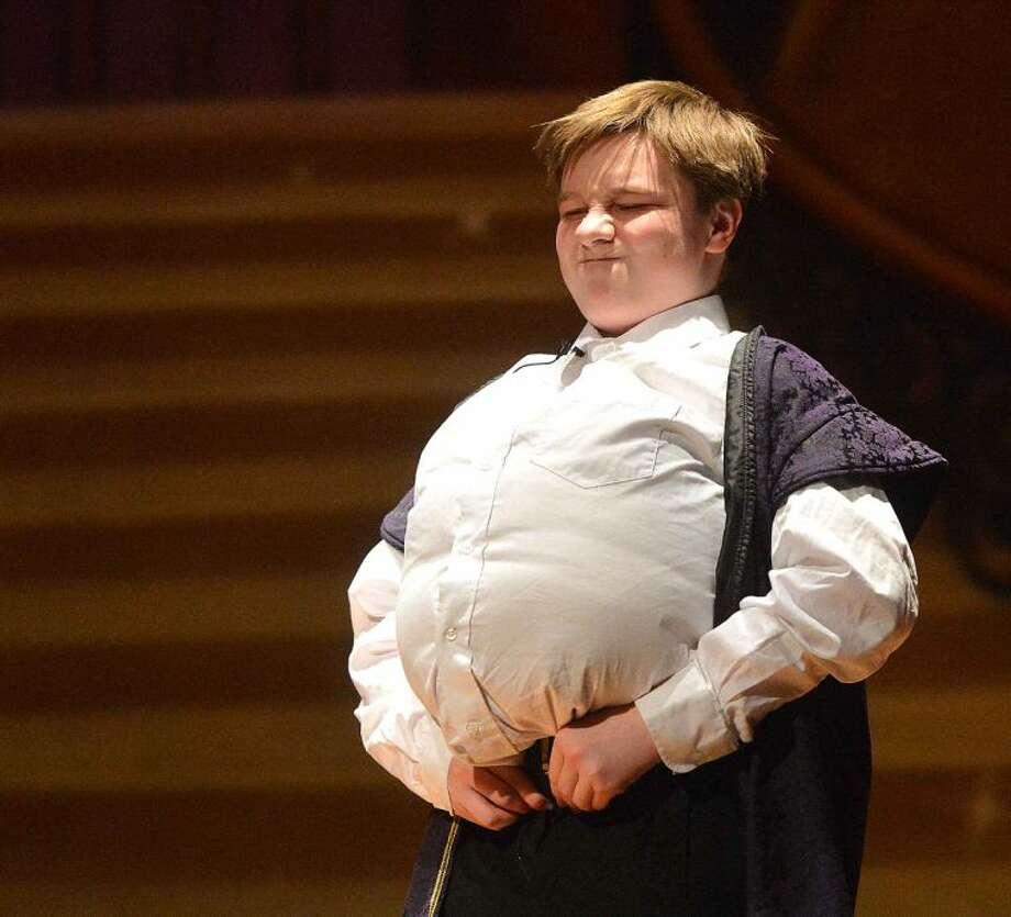 Hour Photo/Alex von Kleydorff The West Rocks School production of Cinderella