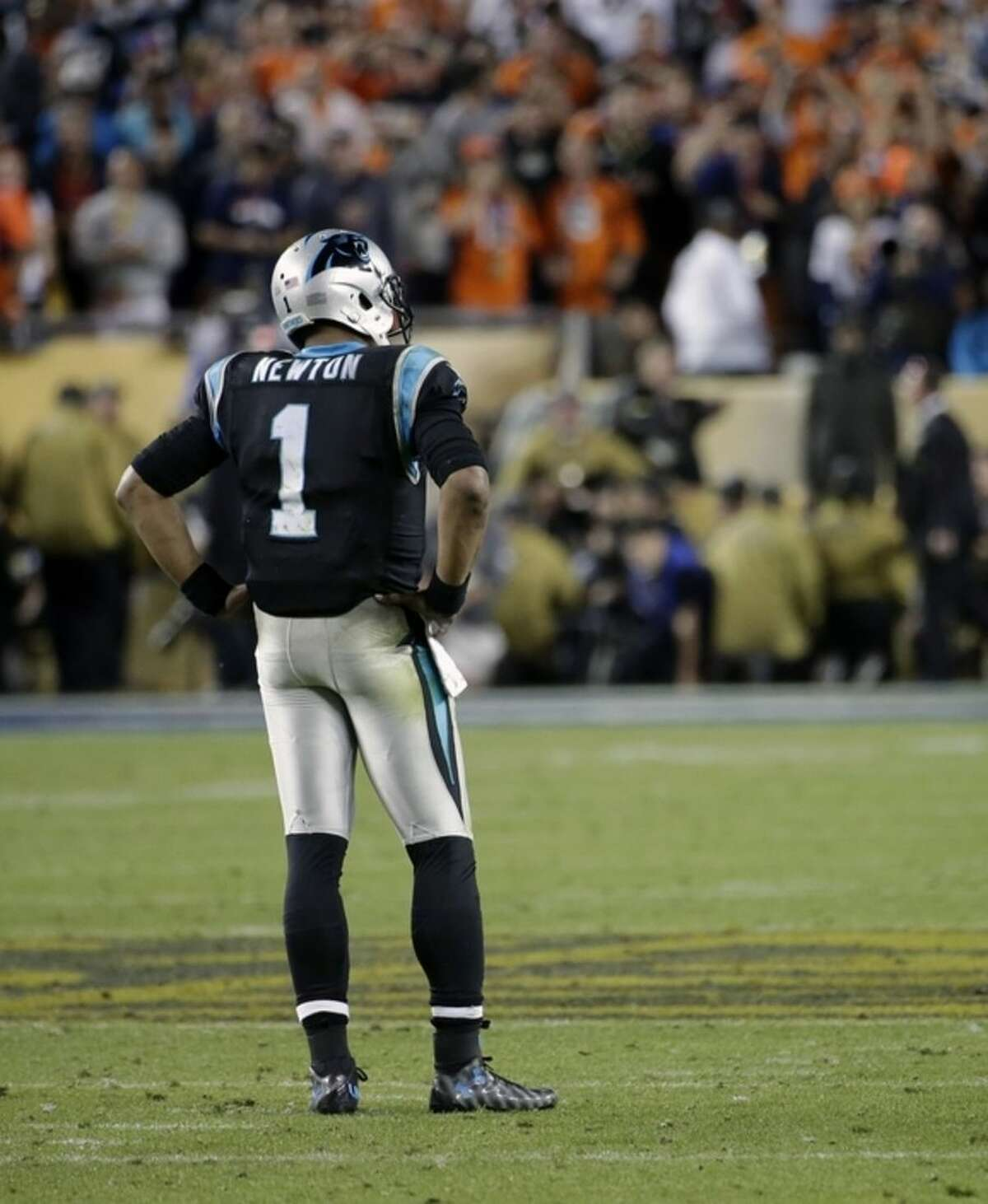 Carolina Panthers' Cam Newton (1) hangs his head during the second half of the NFL Super Bowl 50 football game Sunday, Feb. 7, 2016, in Santa Clara, Calif. (AP Photo/Matt York)
