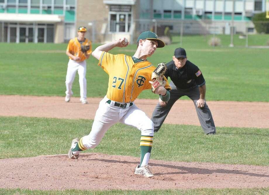 Hour Photo/Alex von Kleydorff Trinity Catholic vs Norwalk baseball