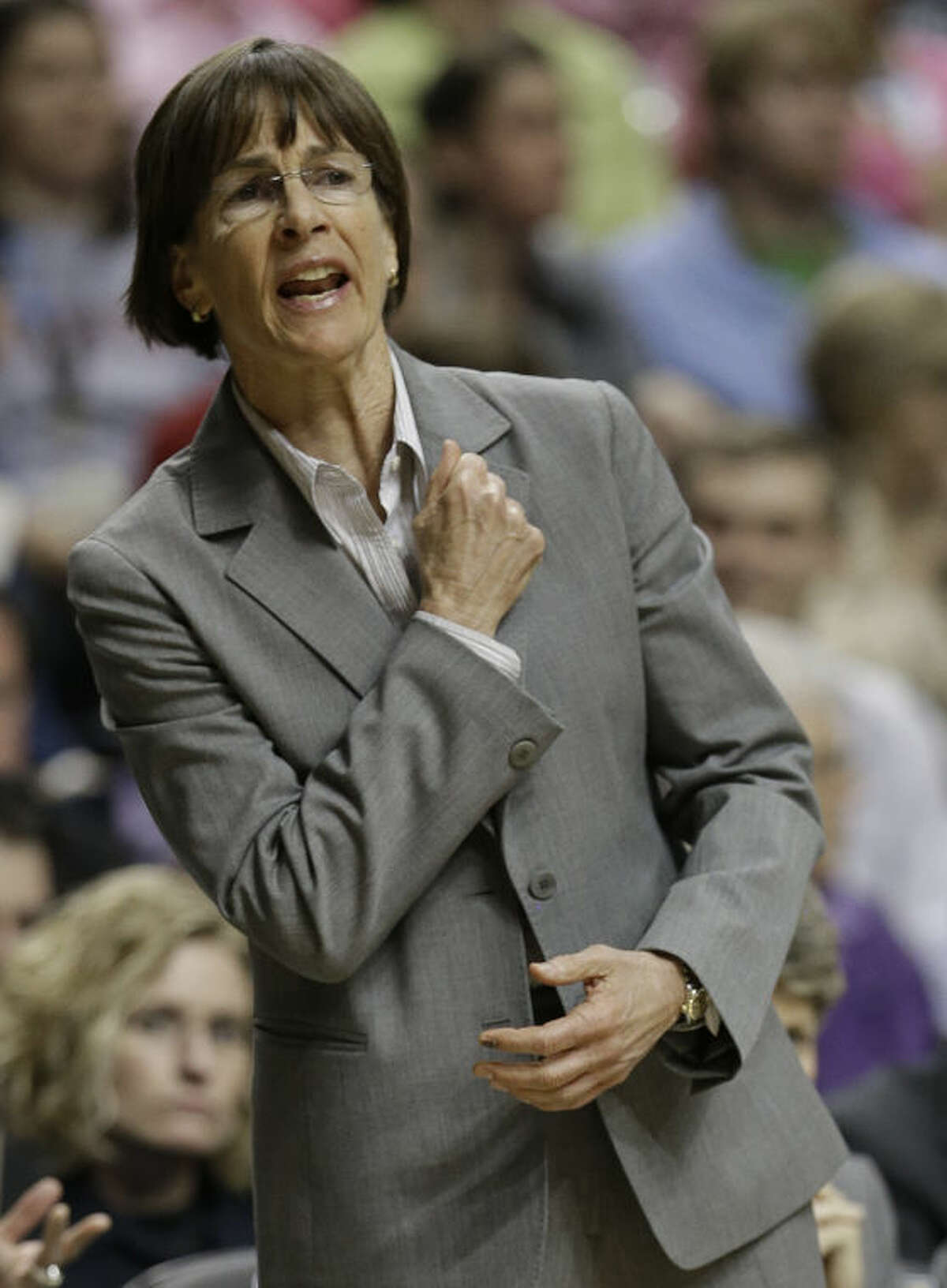 Stanford head coach Tara VanDerveer speaks to players against Connecticut during the first half of the semifinal game in the Final Four of the NCAA women's college basketball tournament, Sunday, April 6, 2014, in Nashville, Tenn. (AP Photo/Mark Humphrey)