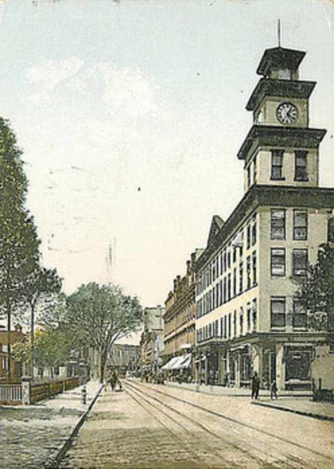 Contributed imageThis 1915 postcard shows South Main Street in Norwalk.