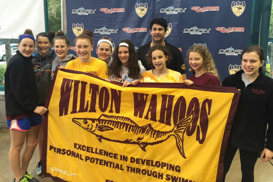14 local swimmers head to regional championships