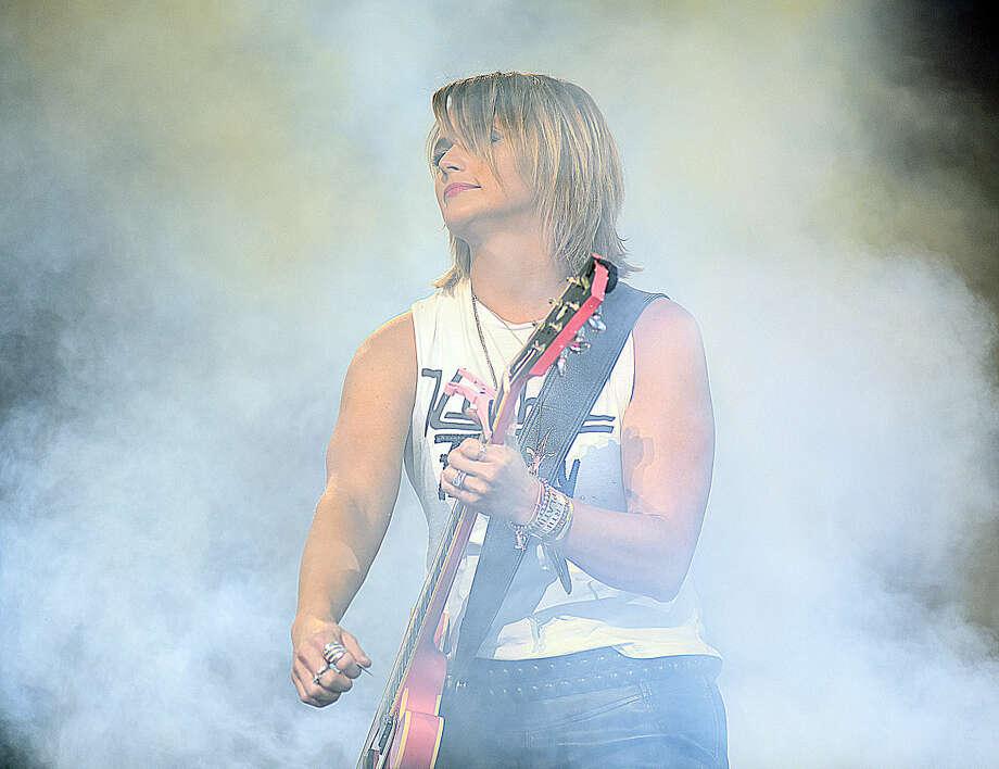 Hour photo/John Nash - Country rock star Miranda Lambert was in concert at the Mohegan Sun Arena in Uncasville on Saturday night.