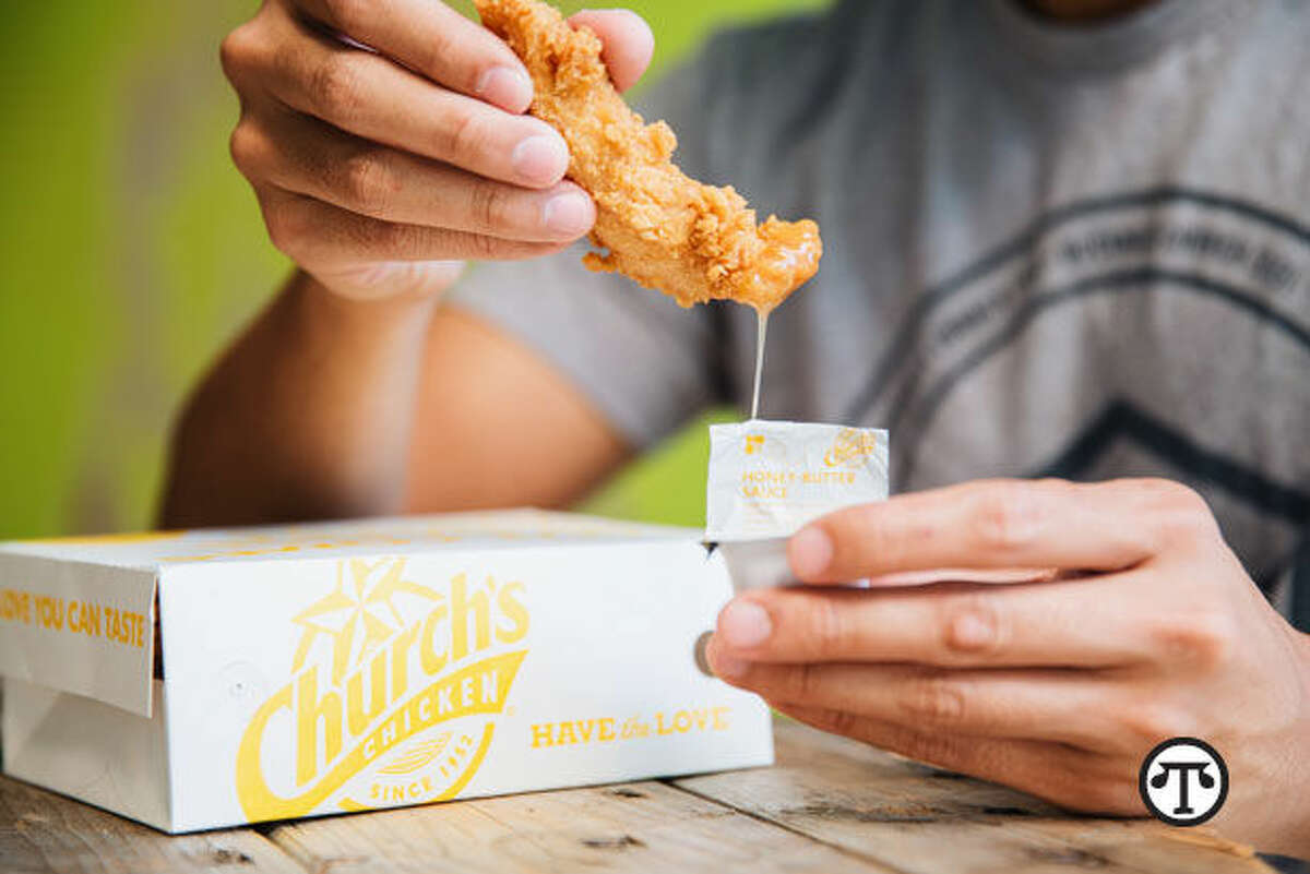 A new take on a longtime favorite: chicken tenders dipped in honey-butter-biscuit batter. (NAPS)