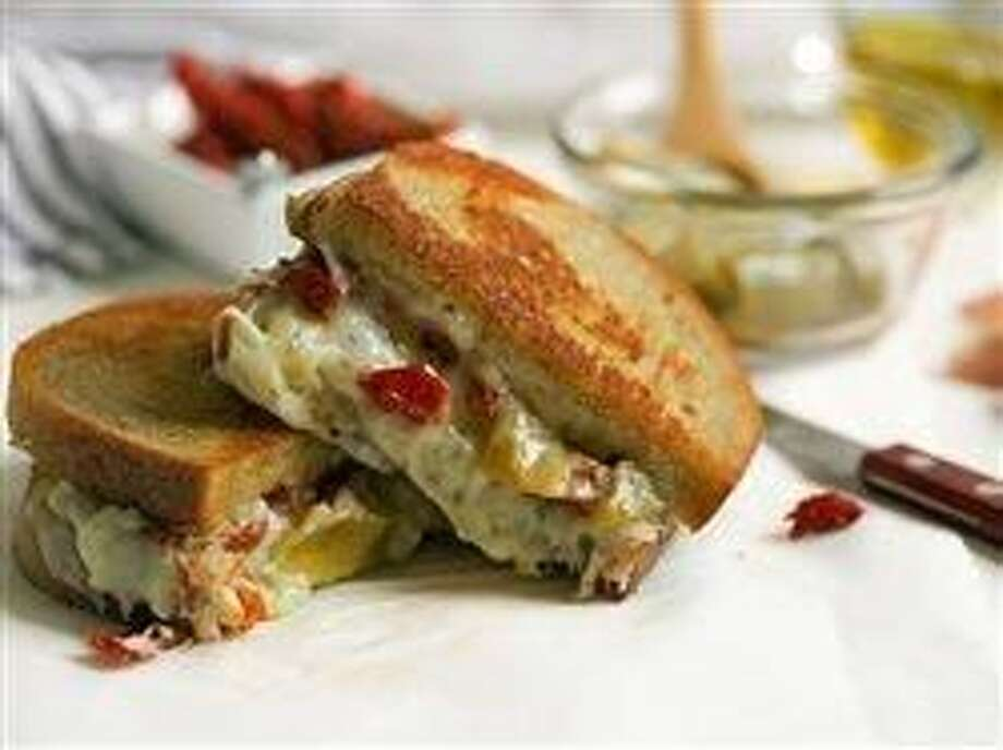 3 tips for unbelievably delicious grilled cheese