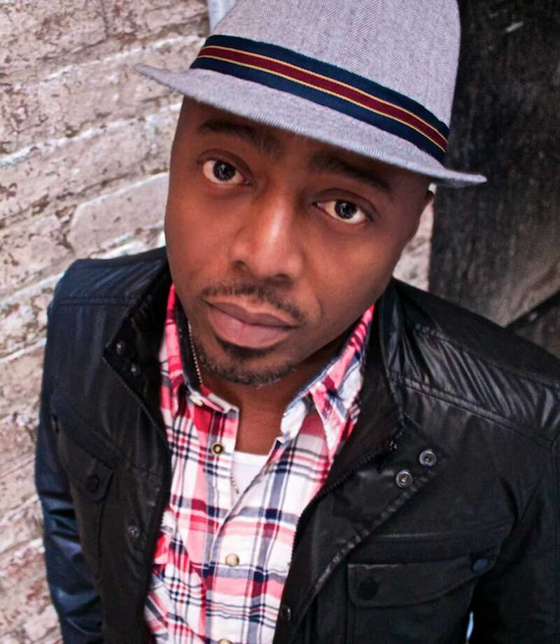 Comedian Donnell Rawlings will perform four shows at COMIX Mohegan Sun onFridayandSaturday.Find out more:http://bit.ly/1VGzvPb