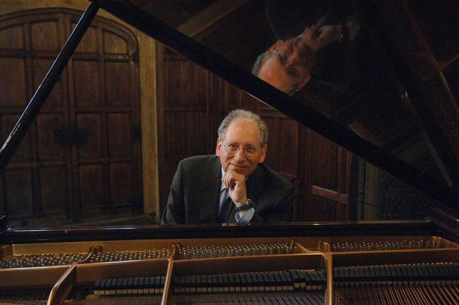 Gershwin scholar Dr. Orin Grossman will headline a Gershwin concert onSundayin Weston to benefit the Greater Bridgeport Symphony.Find out more:http://bit.ly/23NMh2C