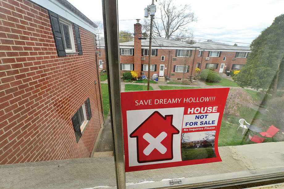 Hour photo / Erik Trautmann The proposed sale of Dreamy Hollow Cooperative Apartments is worrying residents.
