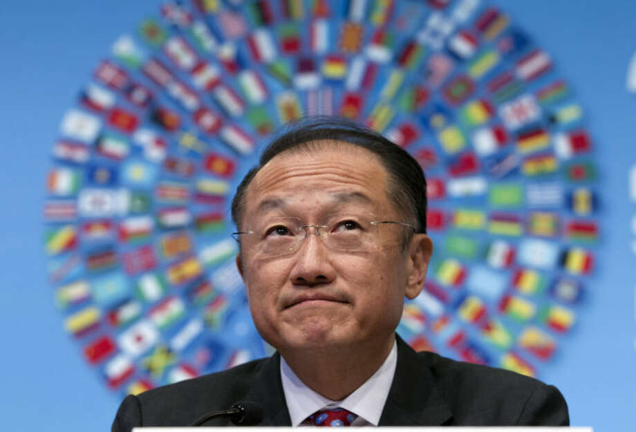 World Bank President Jim Yong Kim pauses while speaking at a news conference during the IMF/World Bank Spring Meetings at IMF headquarters in Washington, Thursday, April 10, 2014. ( AP Photo/Jose Luis Magana)