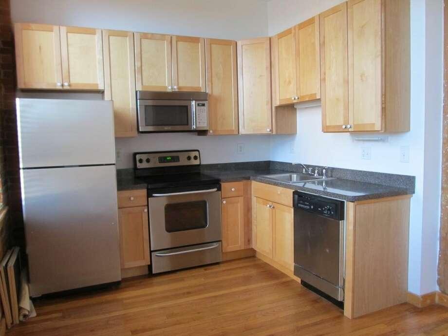 325 Lafayette St UNIT 5202, Bridgeport, CT 06604 0.8 miles from Bridgeport Metro-North station For rent: $1,450/mo Features: 2 bedrooms, exposed brick, gates community