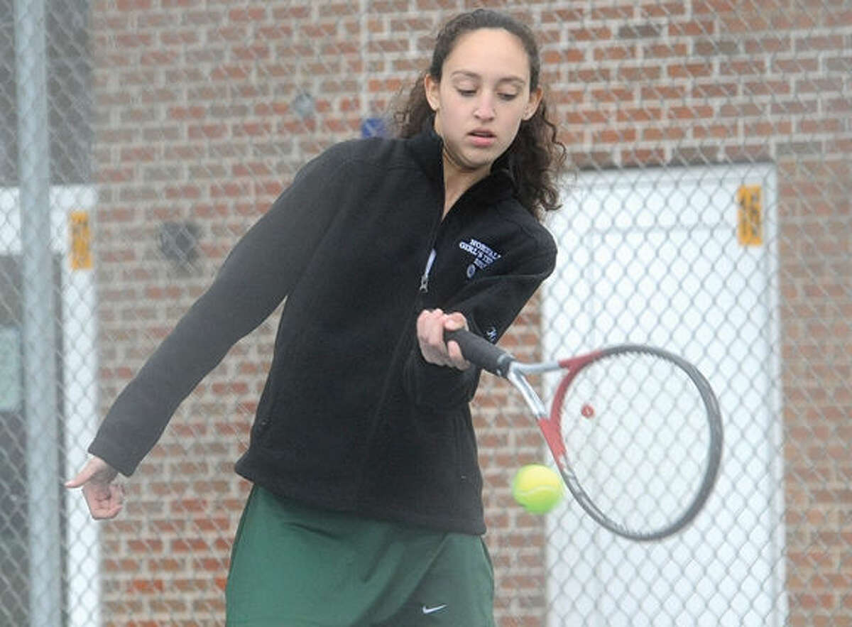 Andrea Khattabi, Norwalk Girls tennis. Hour photo/Matthew Vinci