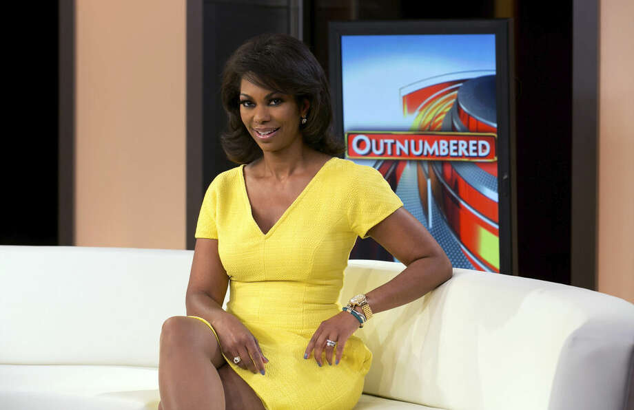"Harris Faulkner, host of ""Fox Report Weekend"" on Sunday evenings, as well as serving as a co-anchor on ""Outnumbered,"" on the Fox News Channel, poses for photos on set, in New York, Tuesday, April 28, 2015. (AP Photo/Richard Drew)"