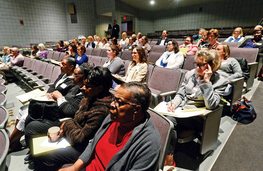 "Norwalk ACTS, in partnership with Horizons National, hosts a ""Call to Action"" Summer Learning Symposium on Saturday, April 30 2016 at the Norwalk Community College East Campus' Pepsico Auditorium. The event gathered city and district leadership, community leaders, program providers, and stakeholders to build a better summer learning system for Norwalk's children."