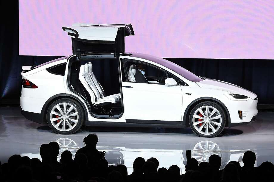 Failed-Tesla: The Senate failed to take up a bill that would have allowed electric car maker Tesla Motors to sell its vehicles directly to consumers, bypassing the state's franchise system. (Photo:AFP PHOTO / SUSANA BATESSUSANA BATES/AFP/Getty Images)