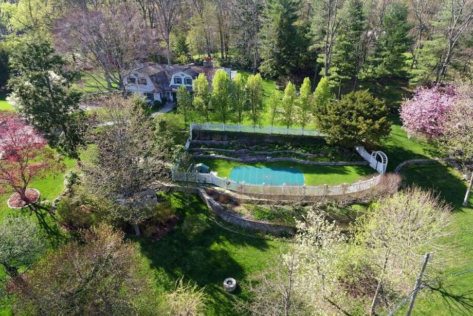 60 Butternut Hollow Rd, Greenwich, CT 06830.5 beds 3 baths 3,740 sqft. Trending feature: Stone wall. Other features: Stone terrace with fountain, library, French doors.View full listing on Zillow:http://bit.ly/1TGsTN0