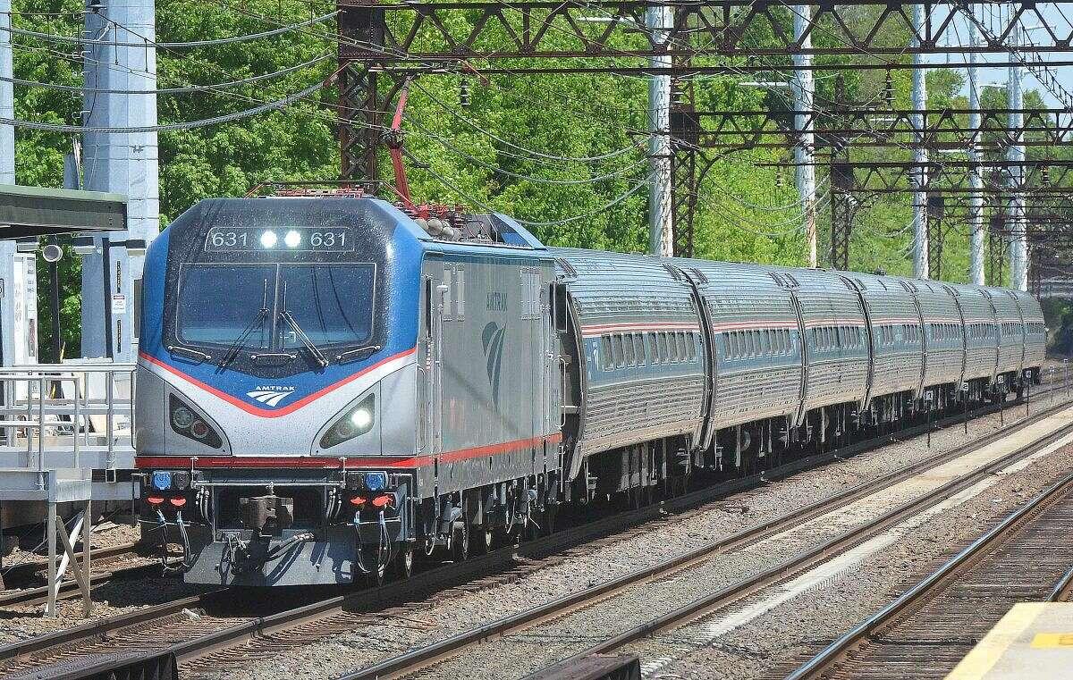 Hour Photo/Alex von Kleydorff Amtrak train heading south through Norwalk