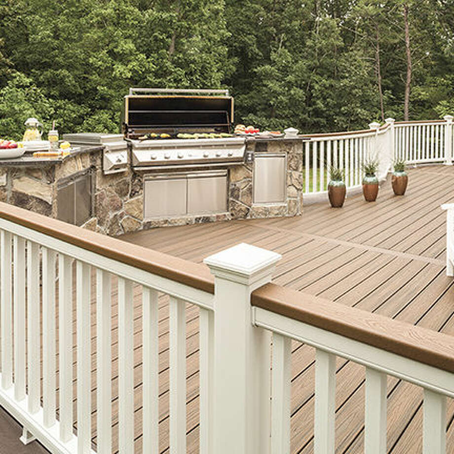 Building or Replacing a Deck?