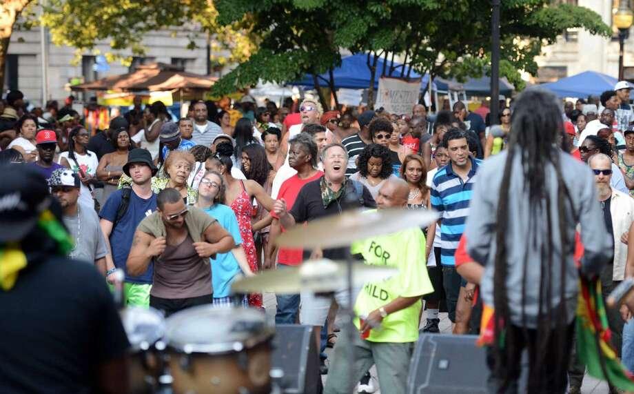 WalletHub rank 60. Bridgeport -Social class diversity rank: 232; Ethno-racial diversity rank: 22; Economic diversity rank: 145; Household diversity rank: 16