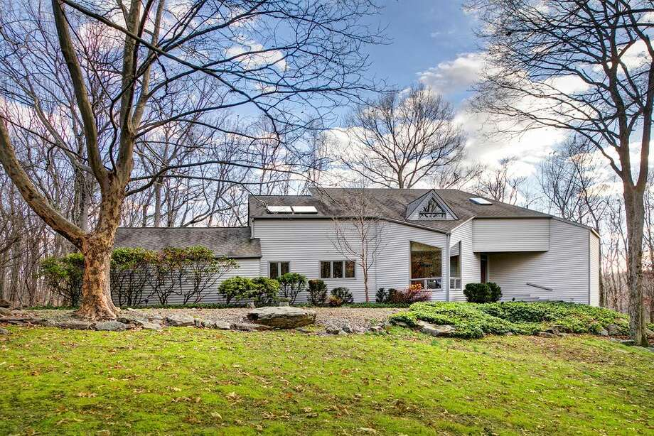 On the market: 352 Good Hill Rd, Weston, CT 06883; 4 beds 3 baths 3,781 sqft; Price: $799,990