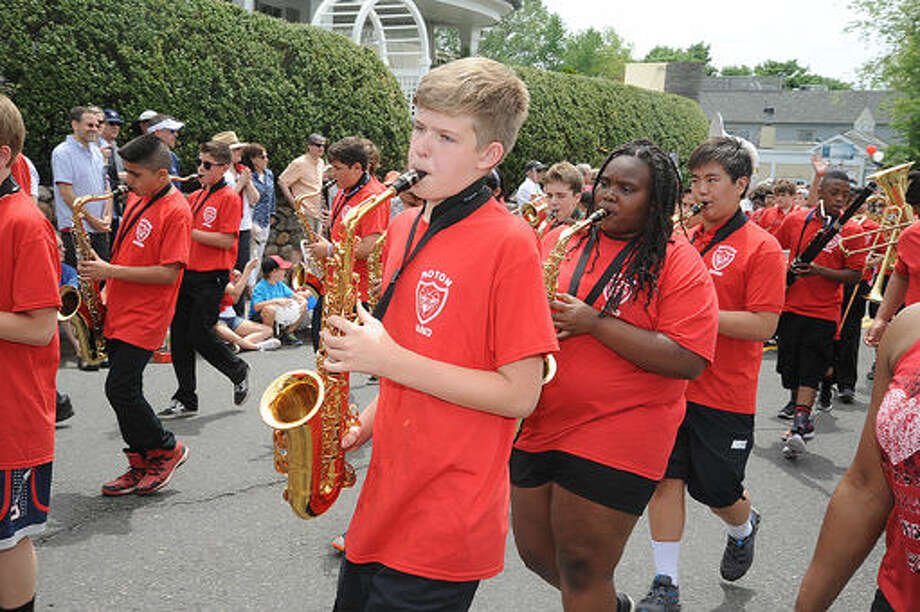 The Roton School band at the Memorial Day Parade in Rowayton on Sunday. Hour photo/Matthew Vinci
