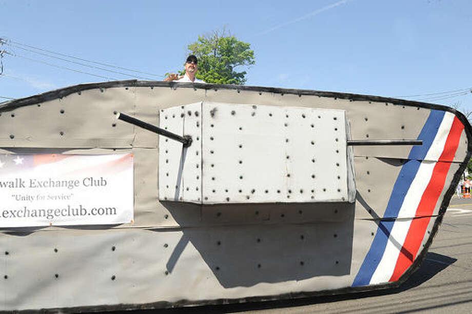 A World War I tank replica at the 2015 Memorial Day Parade in Norwalk. Hour photo/Matthew Vinci