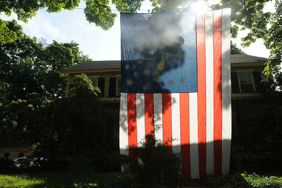 A home on East Avenue in Norwalk along the Memorial Day Parade route. Hour photo/Matthew Vinci