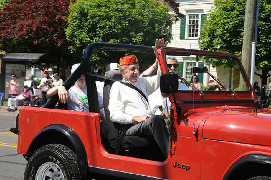 Veteran Joe Lametta at the 2015 Memorial Day Parade in Norwalk. Hour photo/Matthew Vinci