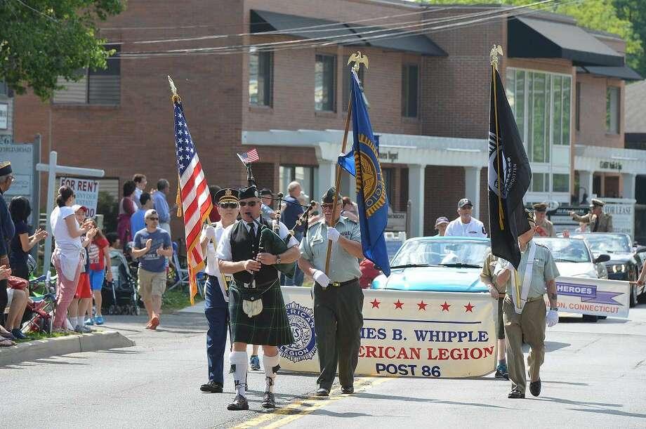 Hour Photo/Alex von Kleydorff Memorial Day in Wilton